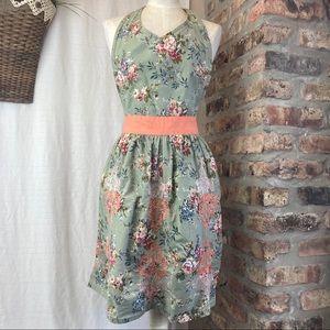 Vintage Style Floral Apron